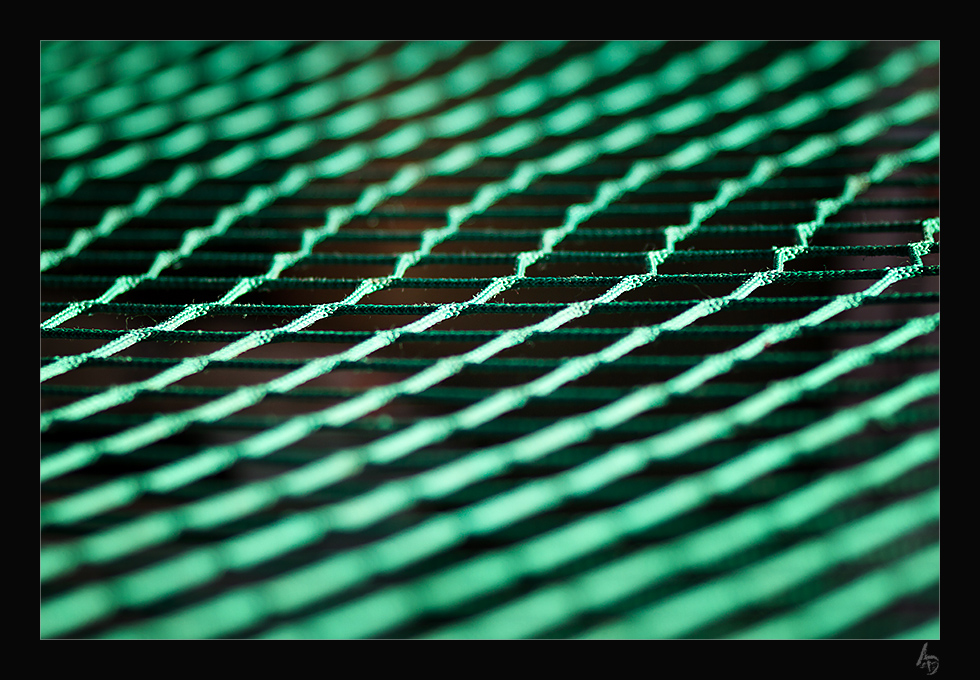 Abdecknetz auf einem Baustellenfahrzeug